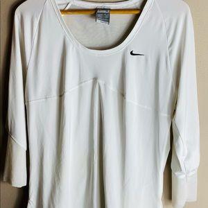 NikeFit Dry women's breathable quarter sleeve